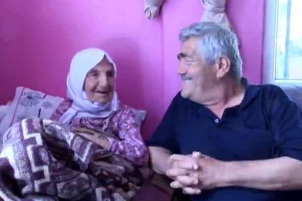 Bí quyết sống lâu của cụ bà 111 tuổi có 120 cháu chắt - ảnh 1