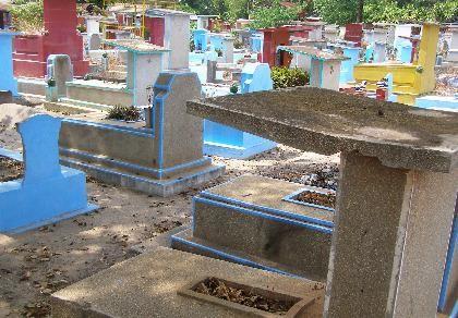 Đã bốc gần 4.800 ngôi mộ ở nghĩa trang Bình Hưng Hòa - ảnh 1