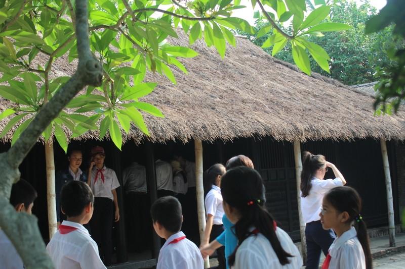 Thăm căn nhà ghi dấu tuổi thơ Bác Hồ - ảnh 3