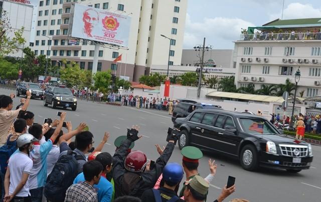 Chuyên cơ của Tổng thống Obama đã rời Việt Nam - ảnh 7