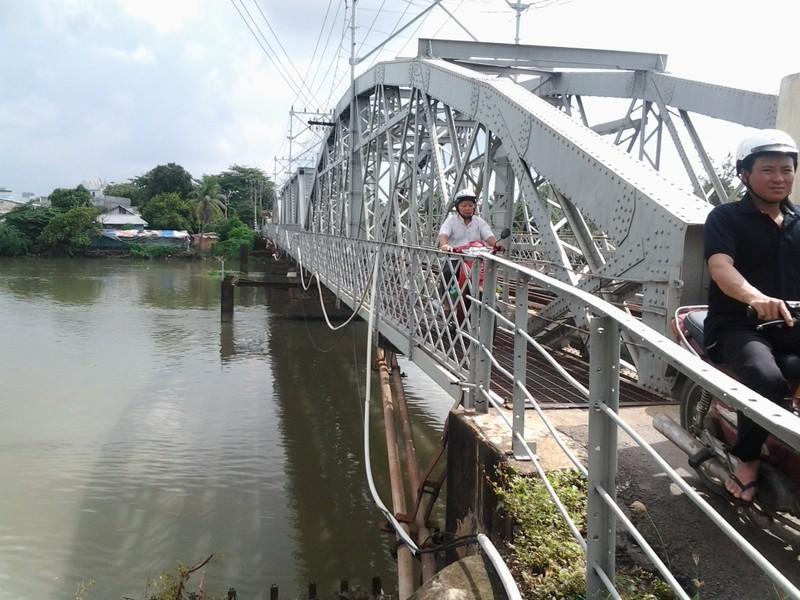 Chuyện chưa kể về cây cầu 'song sinh' với cầu Ghềnh - ảnh 6