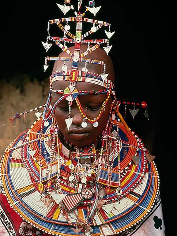 Những trang phục cưới truyền thống kỳ lạ trên thế giới - ảnh 3