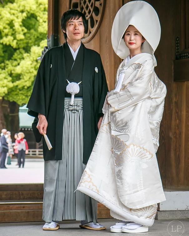 Những trang phục cưới truyền thống kỳ lạ trên thế giới - ảnh 11