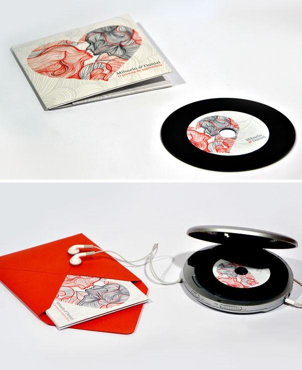 Cầu kỳ hơn là một chiếc đĩa hát ghi lại dấu ấn của cặp đôi, kèm theo các thông tin hôn lễ được in trên bìa CD.