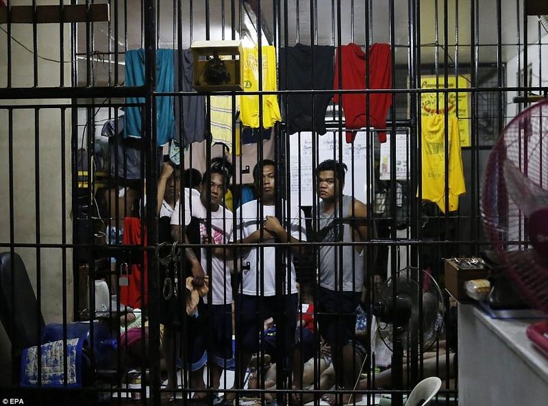 La liệt người chết sau chiến dịch truy quét ma túy tại Philippines - ảnh 9