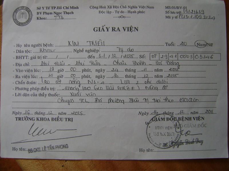 Giấy ra viện của anh Kim Triệu khi điều trị tại bệnh viện Phạm Ngọc Thạch TPHCM.