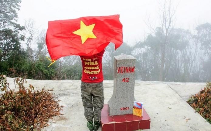 Tận mục những cột mốc biên giới đáng chinh phục nhất Việt Nam - ảnh 1