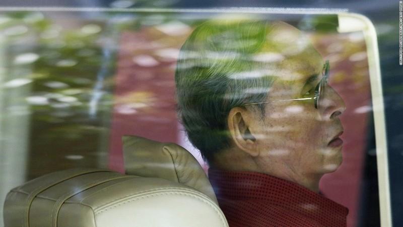 Cuộc đời vua Thái Lan qua hình ảnh - ảnh 13