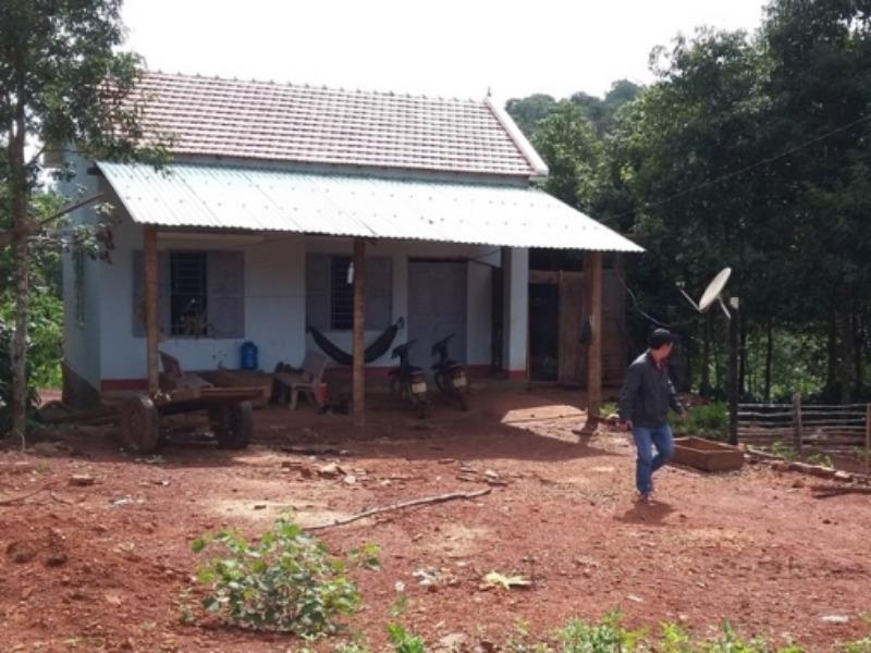 Chém chết trạm trưởng bảo vệ rừng vì xin gỗ không cho - ảnh 1