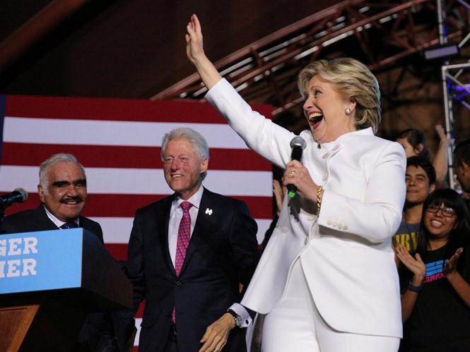 Sắc thái của Hillary và Trump xuyên suốt bầu cử Mỹ - ảnh 11