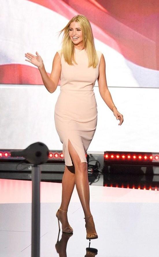 Chiêm ngưỡng nhan sắc kiều diễm của ái nữ Donal Trump - ảnh 9