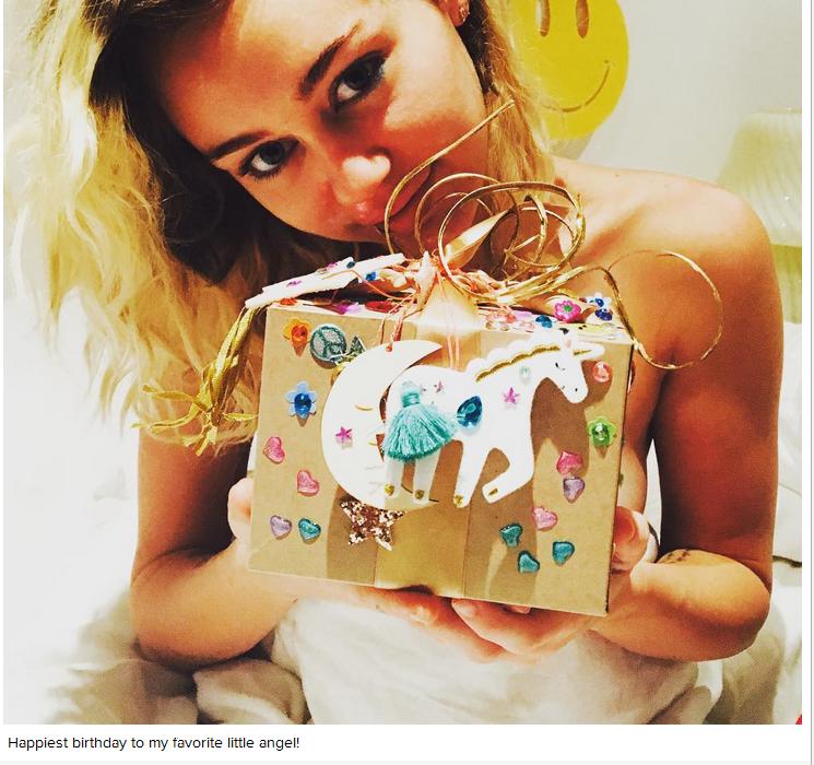 Miley Cyrus nhận quà sinh nhật 'lạ' từ bạn trai - ảnh 1