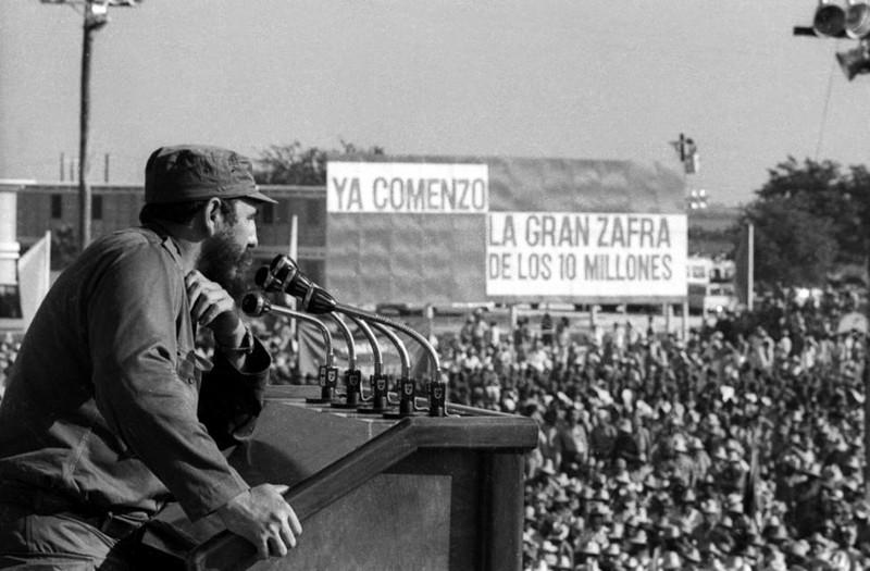 Chùm ảnh về cuộc đời và sự nghiệp lãnh tụ Fidel Castro  - ảnh 12