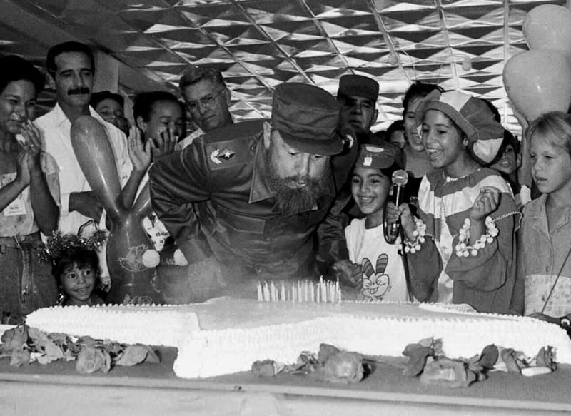 Chùm ảnh về cuộc đời và sự nghiệp lãnh tụ Fidel Castro  - ảnh 13