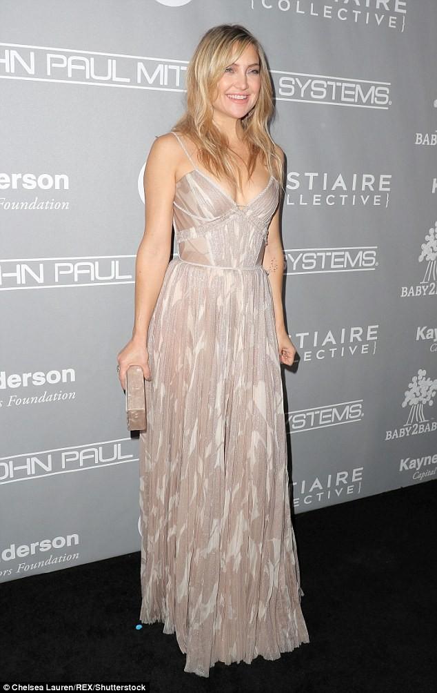 Hé lộ tin đồn Brad Pitt đang hẹn hò Kate Hudson - ảnh 1
