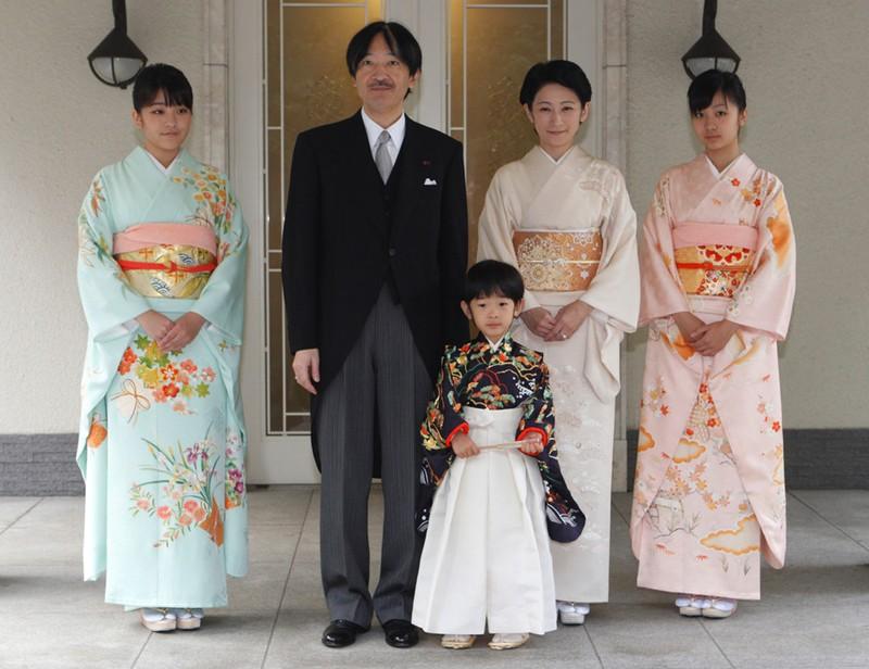 Chuyện tình như cổ tích: Công chúa Nhật cưới thường dân - ảnh 3