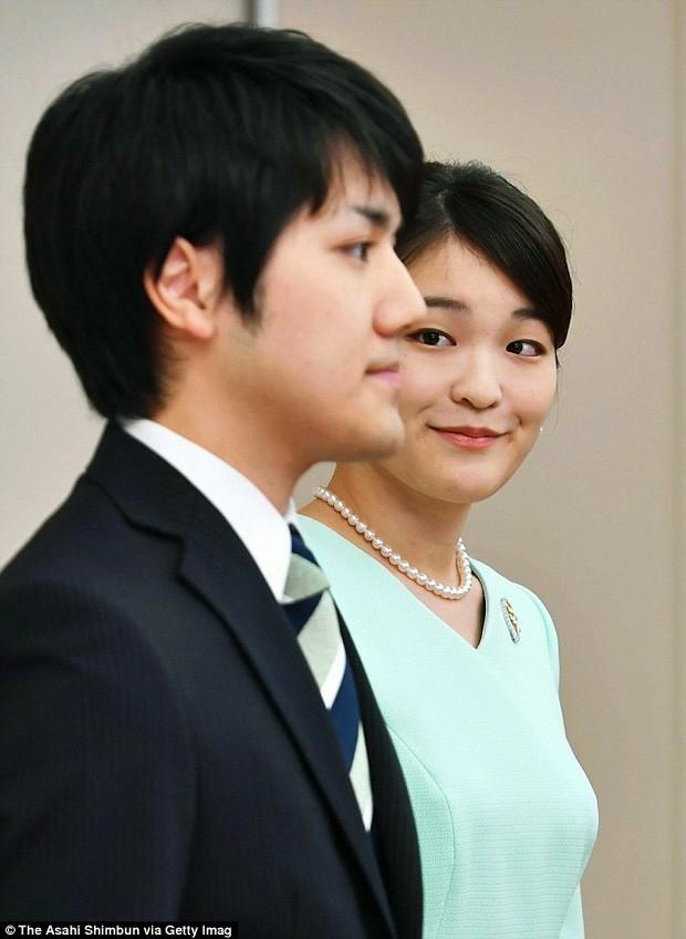 Chuyện tình như cổ tích: Công chúa Nhật cưới thường dân - ảnh 2