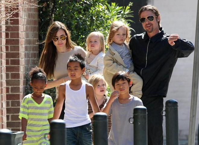 Lộ thêm manh mối cặp đôi Brad-Jolie tái hợp - ảnh 2
