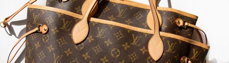 Choáng với bồn cầu 2,2 tỉ làm từ túi Louis Vuitton - ảnh 1