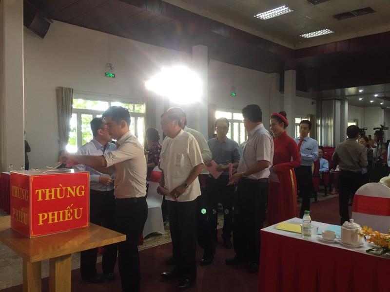Đang bỏ phiếu miễn nhiệm ông Vũ Quang Hải - ảnh 1
