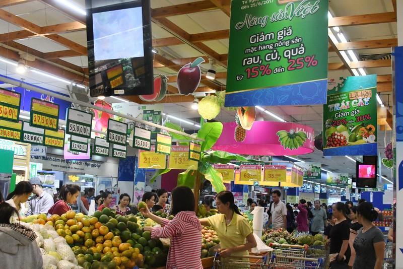 Lần đầu tiên đại gia bán lẻ tham gia hội chợ hàng Việt  - ảnh 1