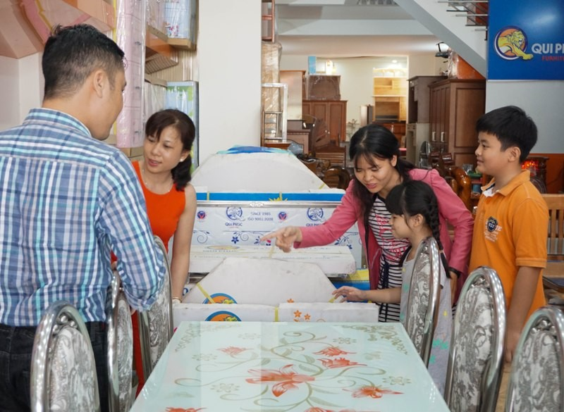 Giá trị quà tặng Tết của người Việt liên tục tăng cao - ảnh 1