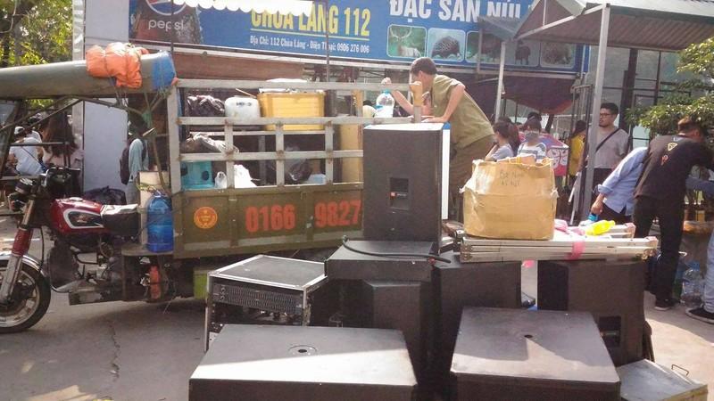 """Hội chợ container """"khủng"""" tại Hà Nội bị giải tán - ảnh 9"""