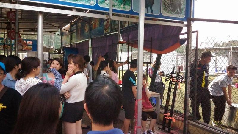 """Hội chợ container """"khủng"""" tại Hà Nội bị giải tán - ảnh 3"""