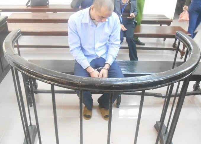 Giảm án cho kẻ chém vợ suýt chết vì từ chối quan hệ tình dục - ảnh 1