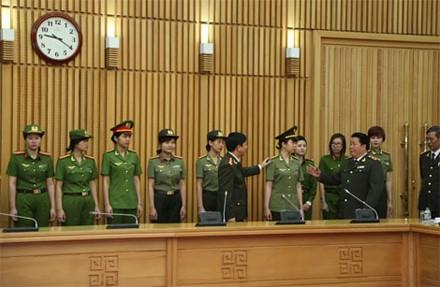 Trang phục mới của lực lượng công an nhân dân có điểm gì khác? - ảnh 4