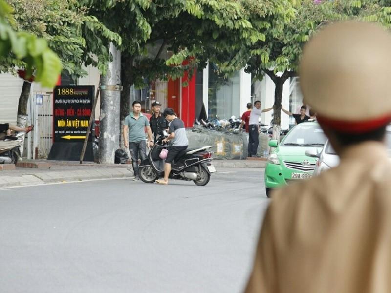Cận cảnh camera giám sát vi phạm của lực lượng 141 Hà Nội - ảnh 1