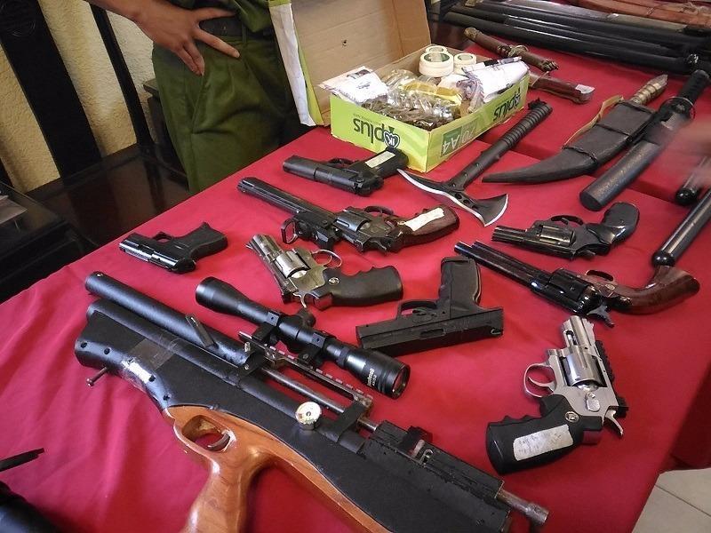 Công an phát hiện cả một kho vũ khí tại nhà riêng của Vũ Quang Hùng