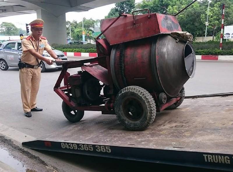 Hà Nội xử lý gần 2.000 xe cồng kềnh trong 1 tuần - ảnh 1