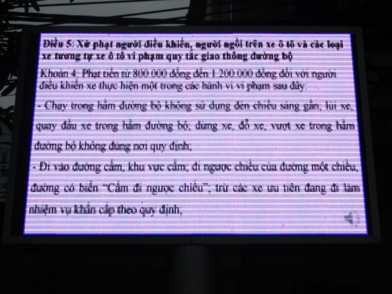 Hà Nội: Lắp bảng LED để tuyên truyền luật, có hiệu quả? - ảnh 2