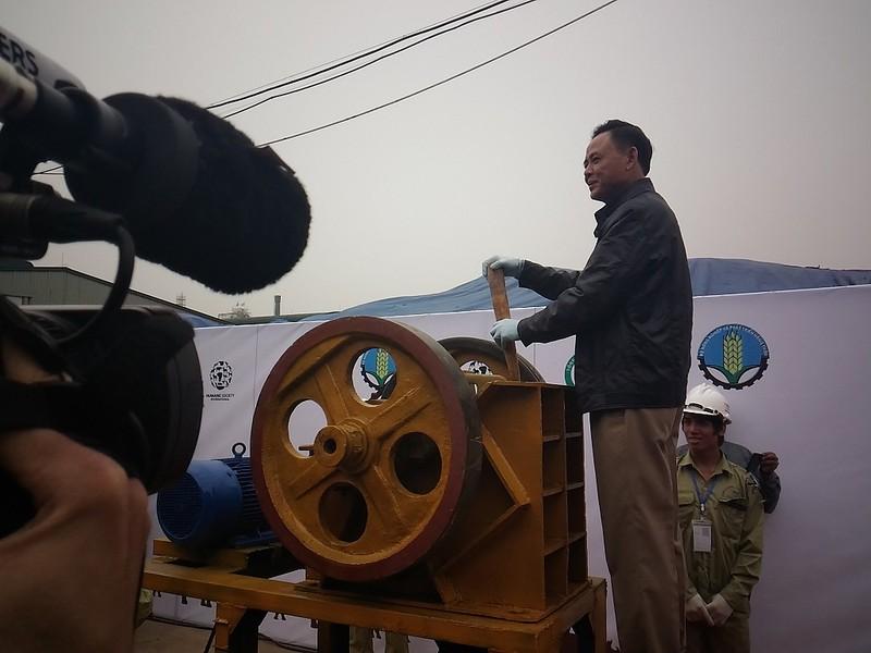 Lần đầu tiên Việt Nam tiêu hủy hơn 2.000 kg ngà voi - ảnh 5
