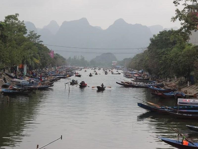 """Cảnh sát tung quân xử lý """"cò"""" ở chùa Hương - ảnh 7"""