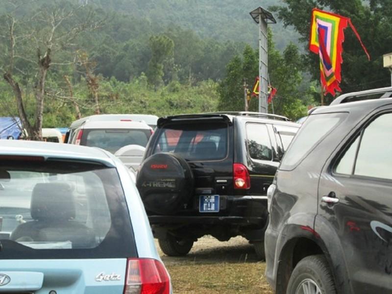 Bộ Công an nghiêm cấm dùng xe công đi lễ hội - ảnh 1