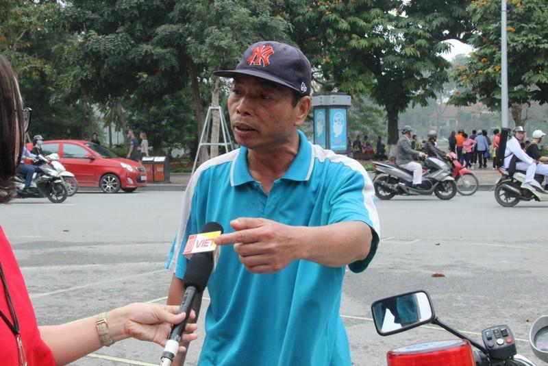 Dừng xích lô hút thuốc lào, bị phạt 70.000 đồng - ảnh 5