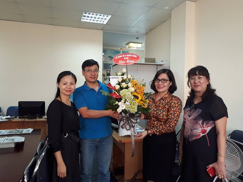 Sở TTTT Hà Nội chúc mừng báo Pháp Luật TP.HCM