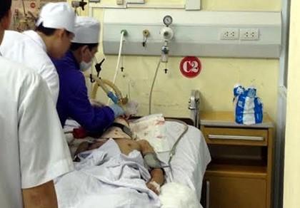 Vụ nổ ở Hà Đông: Hai nạn nhân đã được mổ não nhưng vẫn hôn mê - ảnh 1