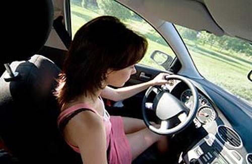 Kinh nghiệm sống còn cho người mới lái - ảnh 1