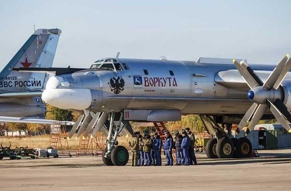 'Đột nhập' căn cứ của dàn máy bay ném bom khổng lồ Nga - ảnh 3