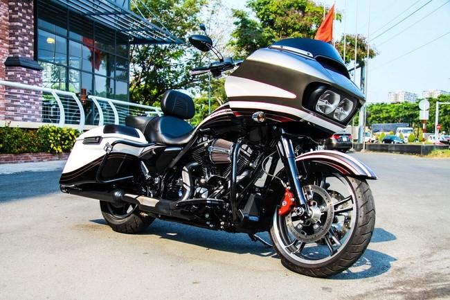 Cận cảnh Harley-Davidson Road Glide Special duy nhất tại Việt Nam - ảnh 1