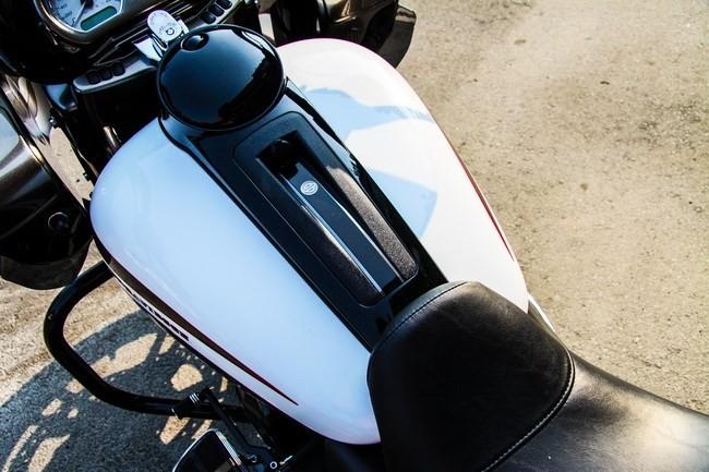 Cận cảnh Harley-Davidson Road Glide Special duy nhất tại Việt Nam - ảnh 8