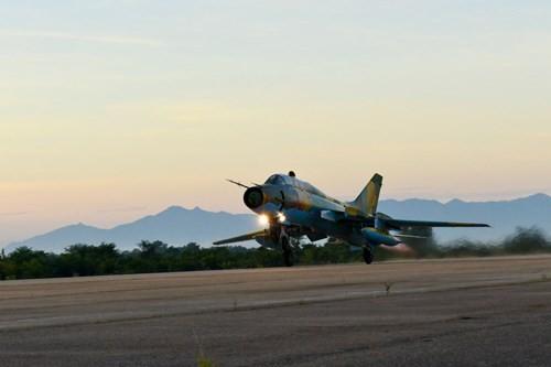 Hình ảnh bay huấn luyện Su-22 tại Trung đoàn không quân 937 - ảnh 3
