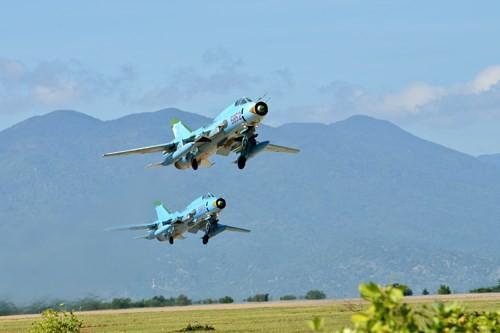 Hình ảnh bay huấn luyện Su-22 tại Trung đoàn không quân 937 - ảnh 10