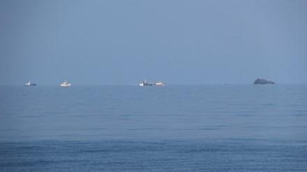Các tàu tìm kiếm máy bay Su-22 gặp nạn đang được triển khai gần khu vực Hòn Trứng.