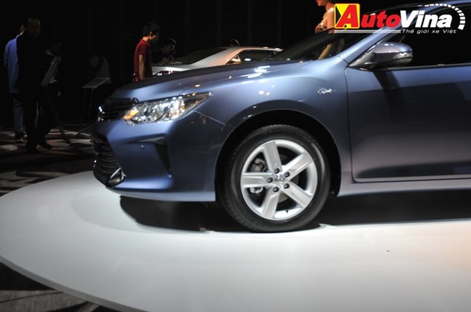 Ngắm chi tiết Toyota Camry 2015 vừa ra mắt - ảnh 9