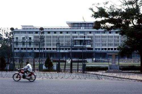 Hình ảnh xe cộ trên đường phố Sài Gòn trước 30/4/1975 - ảnh 20