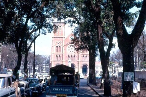 Hình ảnh xe cộ trên đường phố Sài Gòn trước 30/4/1975 - ảnh 6